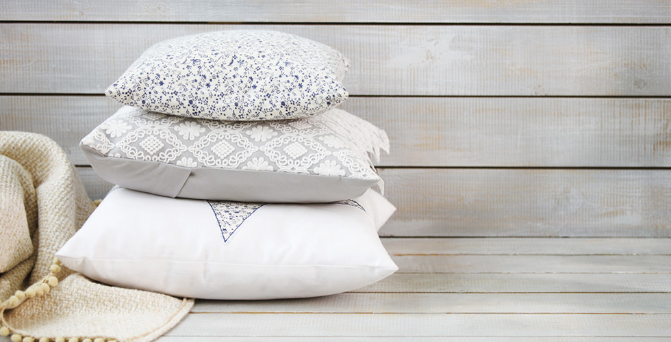 Best Places To Purchase Throw Pillows Online